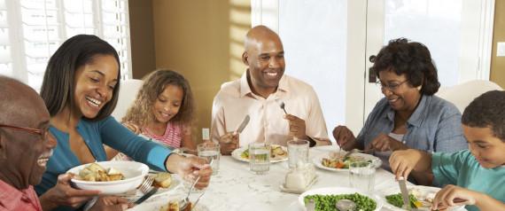 n-FAMILY-DINNER-large570